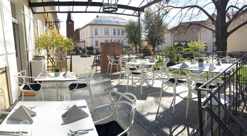 Restaurant 1718 outside