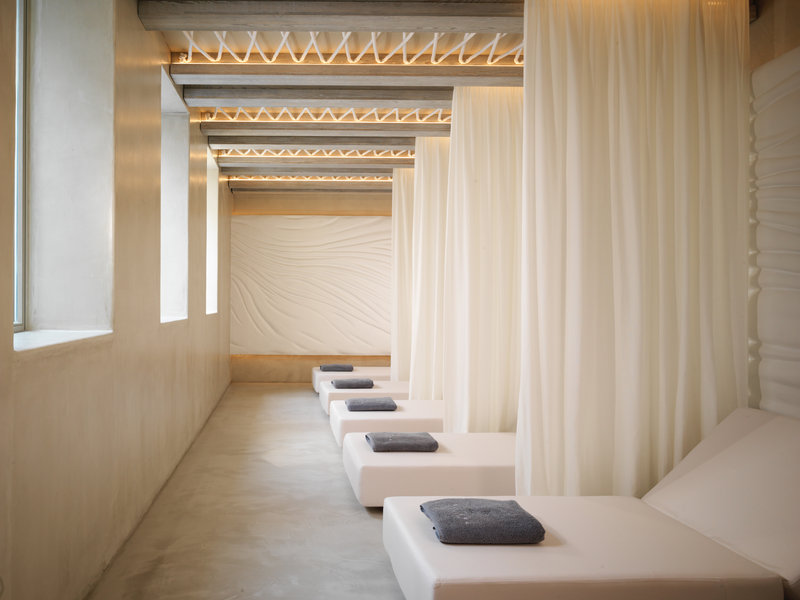 Oqua Spa Relaxing Area
