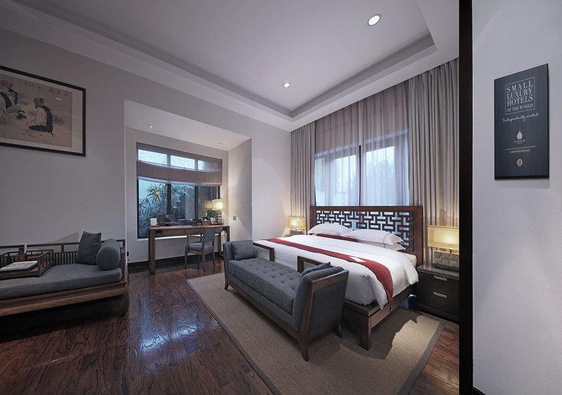 Cloud Gate Villa Bedroom
