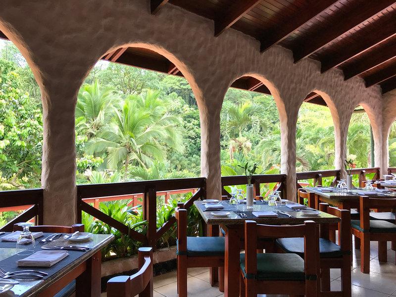 Ave Del Paraíso Restaurant