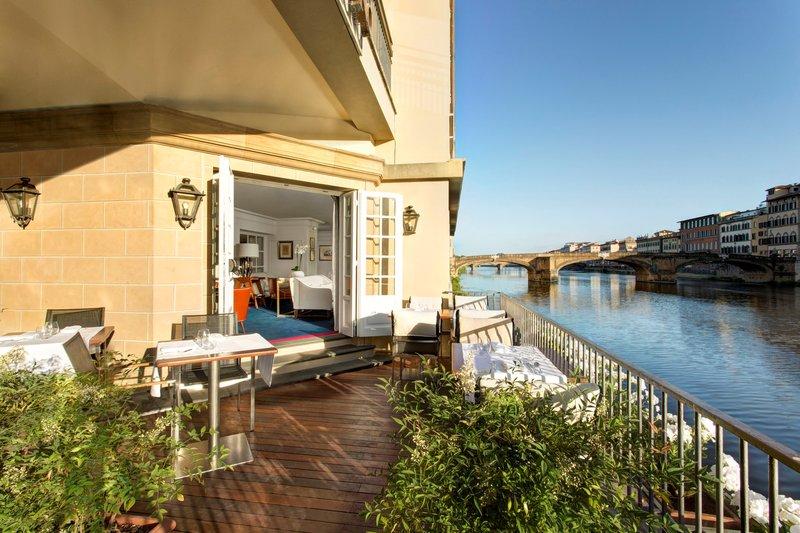 Picteau Lounge Private Terrace