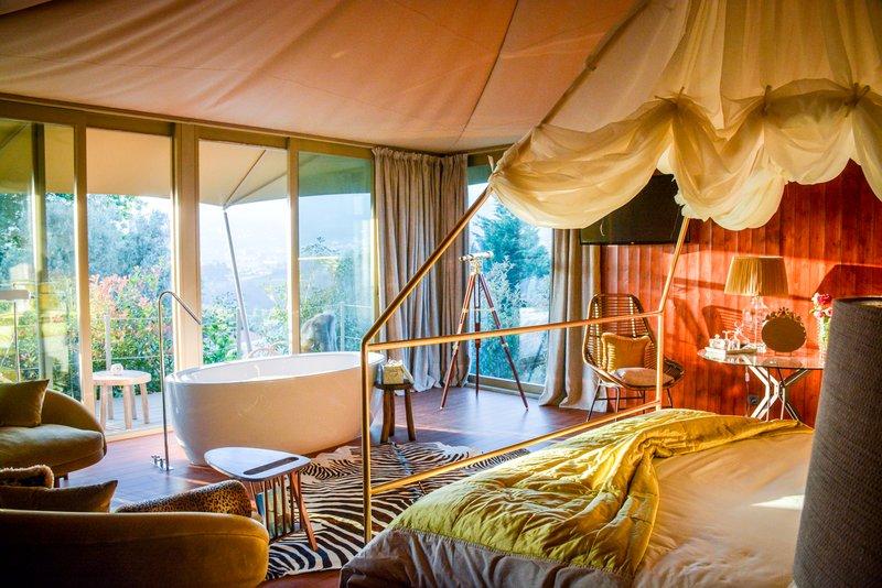 Tents Suite Deluxe