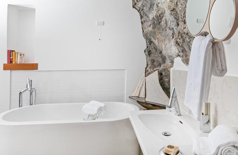 Eaudesea - Bathroom