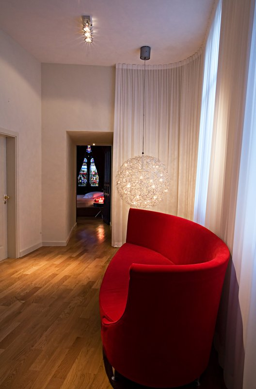 Hallway Chevalier Suite