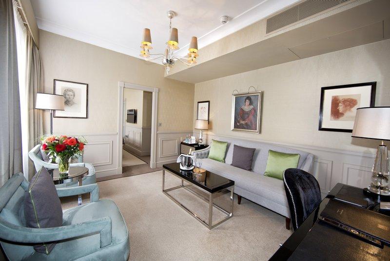 Living Room Junior Suite