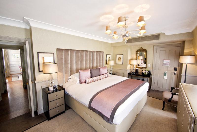 St James's Suite Bedroom