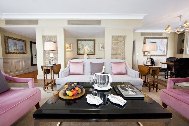 St James's Suite Living Room