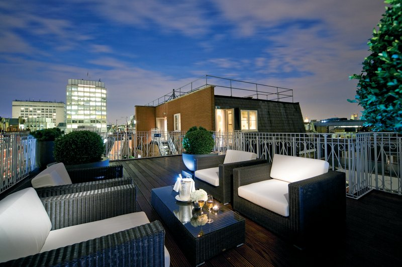 Westminster Suite Terrace by Night