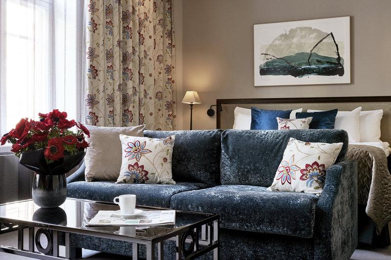 Grand Deluxe Guestroom