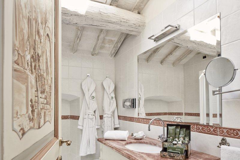 Bathroom Deluxe Double