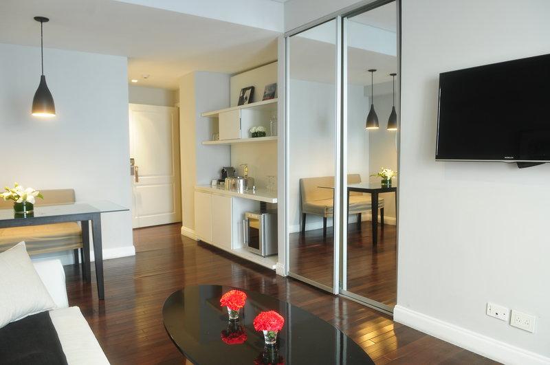 Suite Deluxe Living