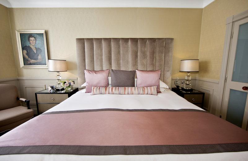 Bedroom Terrace Suite
