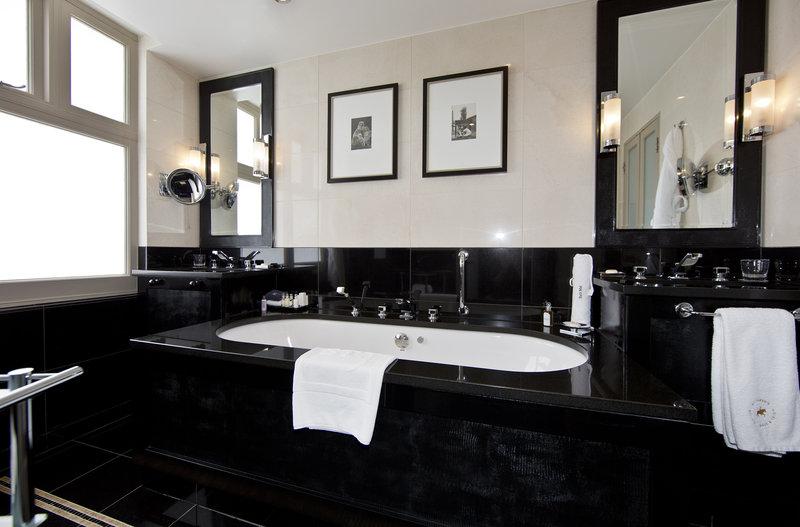 Bathroom Terrace Suite