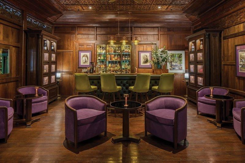 Pillars Bar