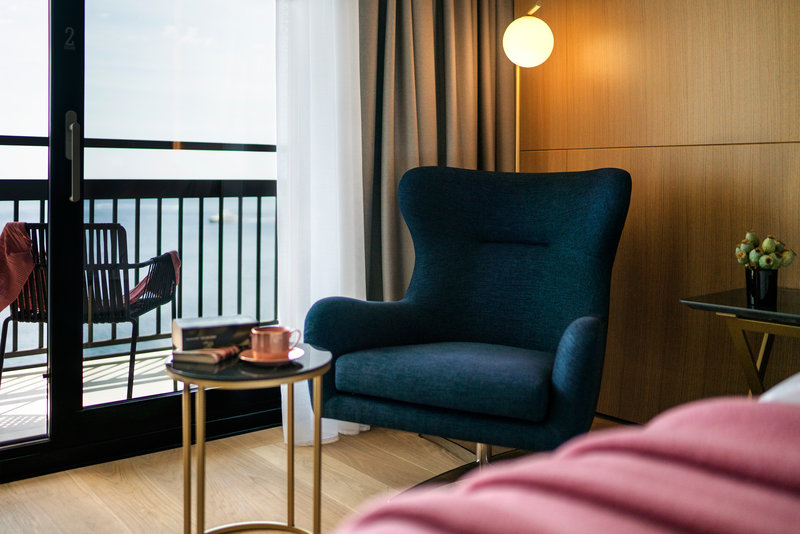 Deluxe Room Lounge - The Tower