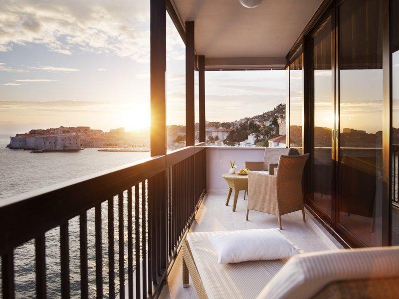 Excelsior Signature Suite Balcony