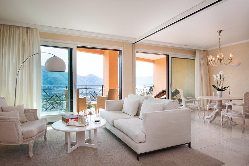 Panorama Corner Suite Livingroom I