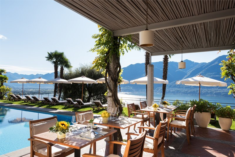 La Pergola Pool Restaurant