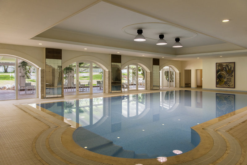 Indoor pool Melograno