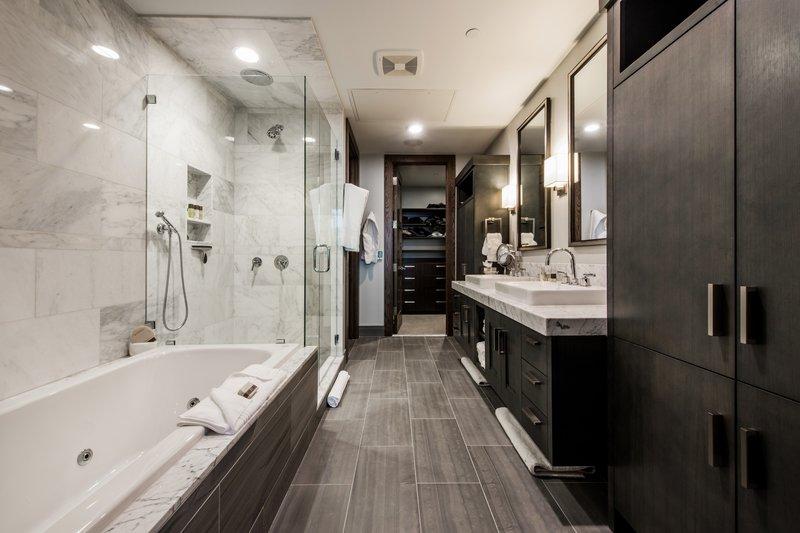 Four Bedroom Bathroom
