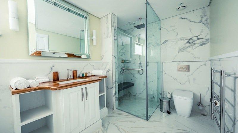 Deluxe Ocean View Bathroom