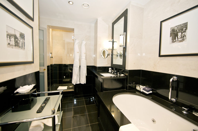 St. James's Suite - Bathroom