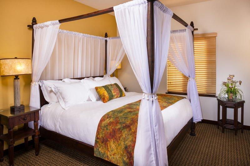 Pantai Suites Bedroom