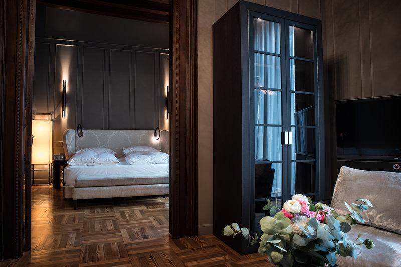 Seville Suite