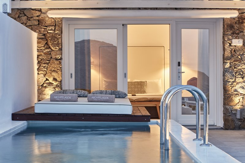 Signature Private Pool Sea View Suite
