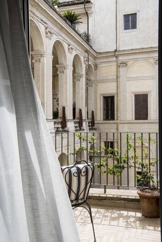 Borghese Suite terrace