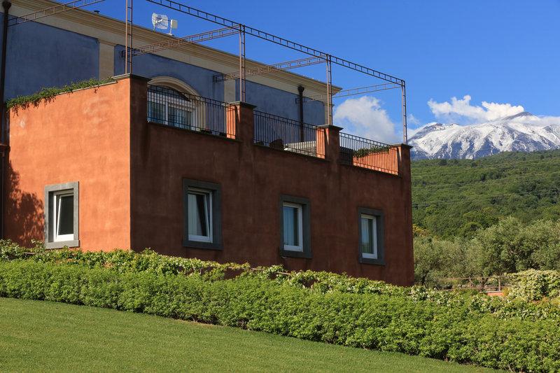 Etna Mountain views