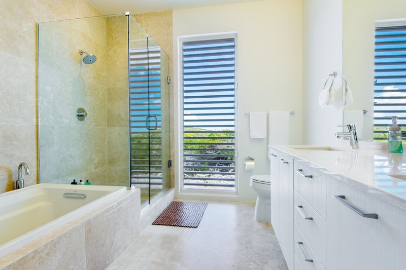 Reef Villa Bathroom