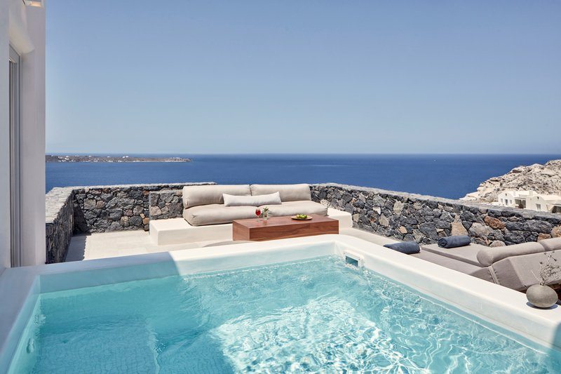 Deluxe Suite with Plunge Pool