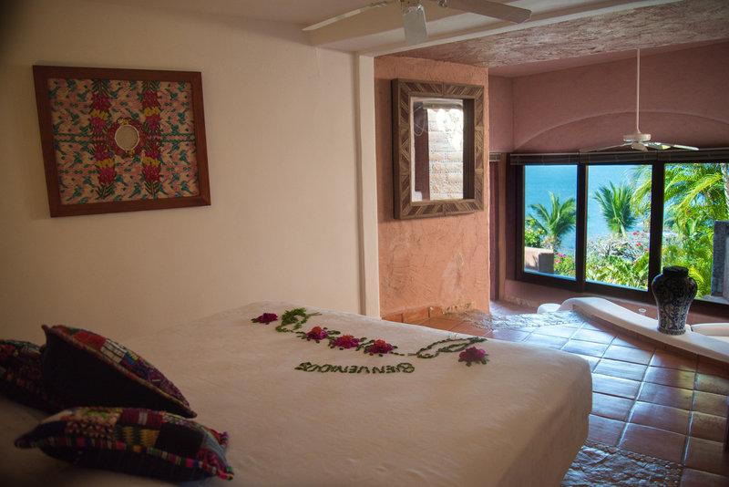Villa El Ensueño – Talismán Beachfront Suite