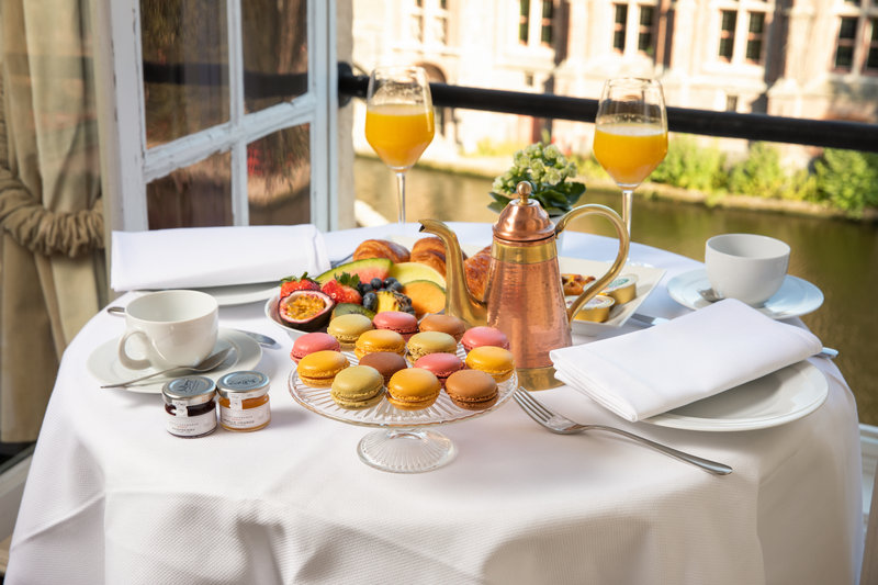 Enjoy breakfast in your room with canal views