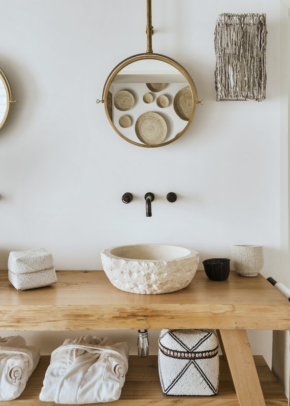 QDCDuplex Suite Bathroom Details