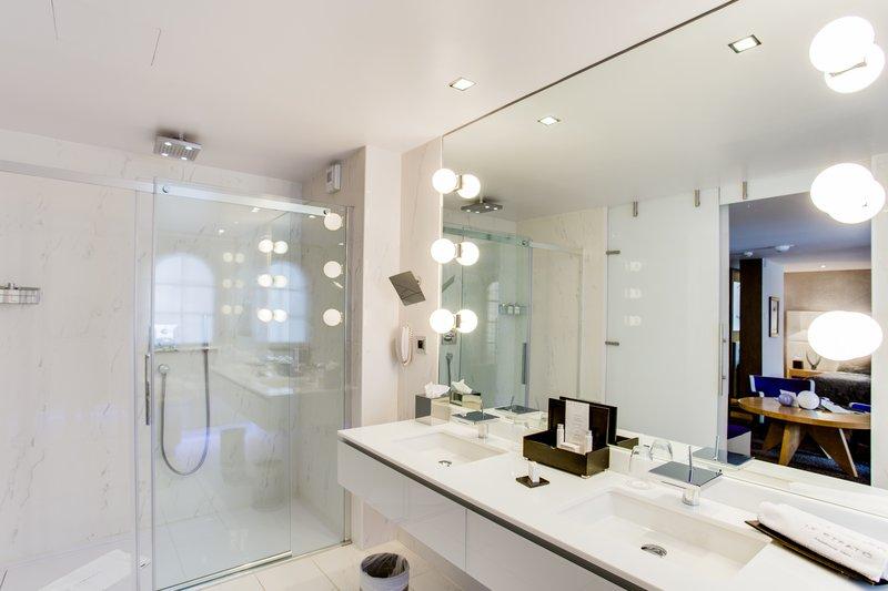 Bathroom's Suite De Luxe