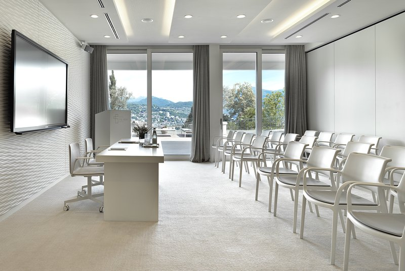 THE VIEW Lugano Meeting Room