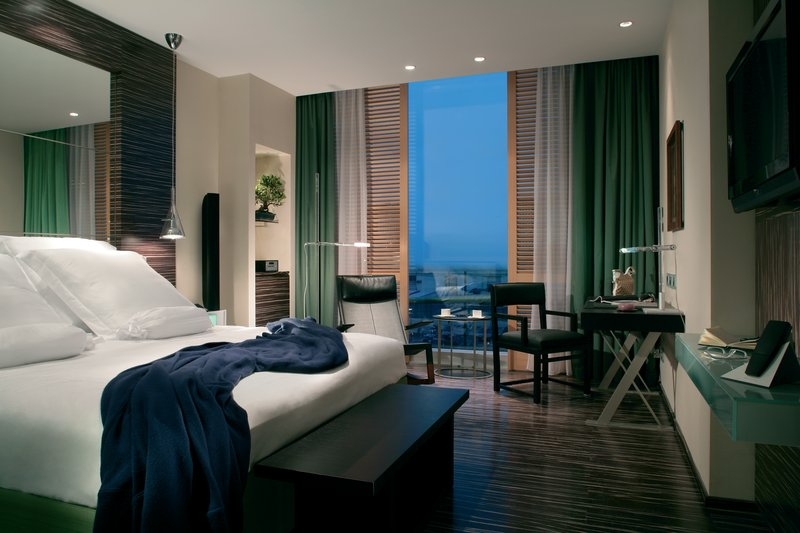 Deluxe Harbour View Room