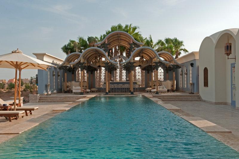 La Maison Bleue Pool