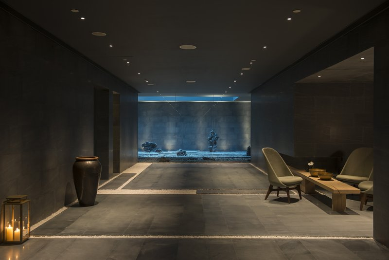 The Retreat Lobby Zen Garden