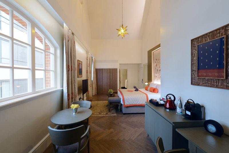 Thames Suite
