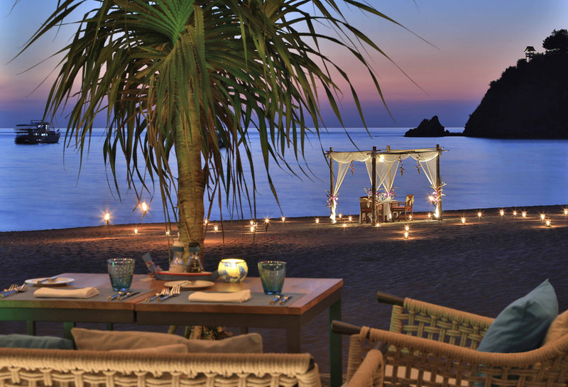 Private Dinner On The Beach Night