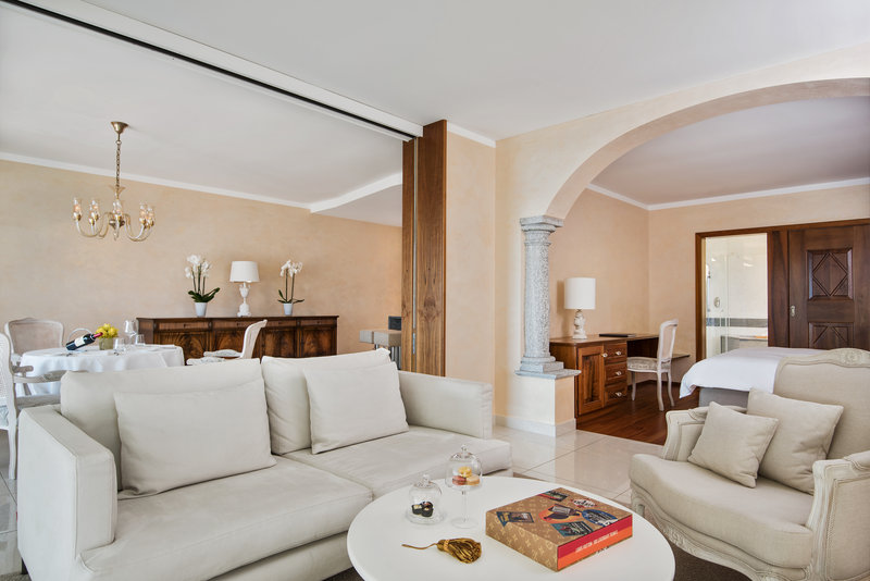 Panorama Corner Suite Terrace Salon