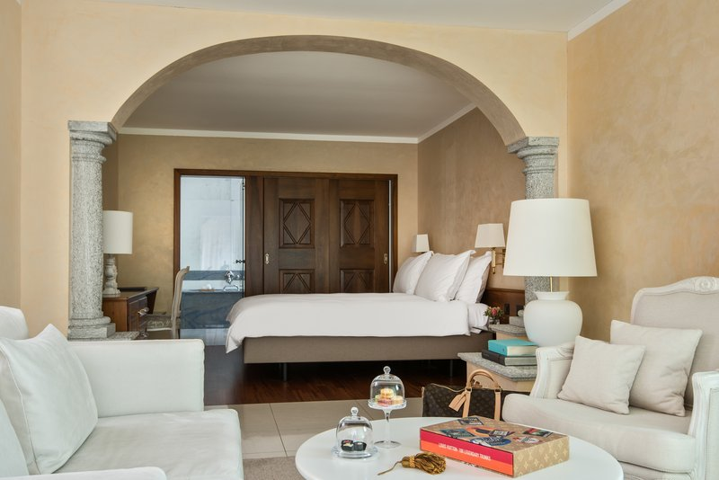 Panorama Corner Suite Terrace Bedroom
