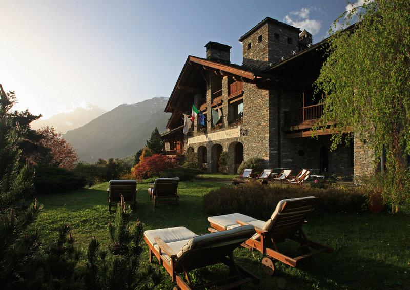 Le Mont Blanc Exterior