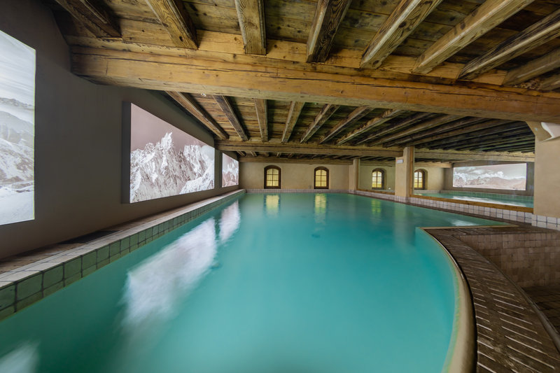Le Mont Blanc - Indoor Pool