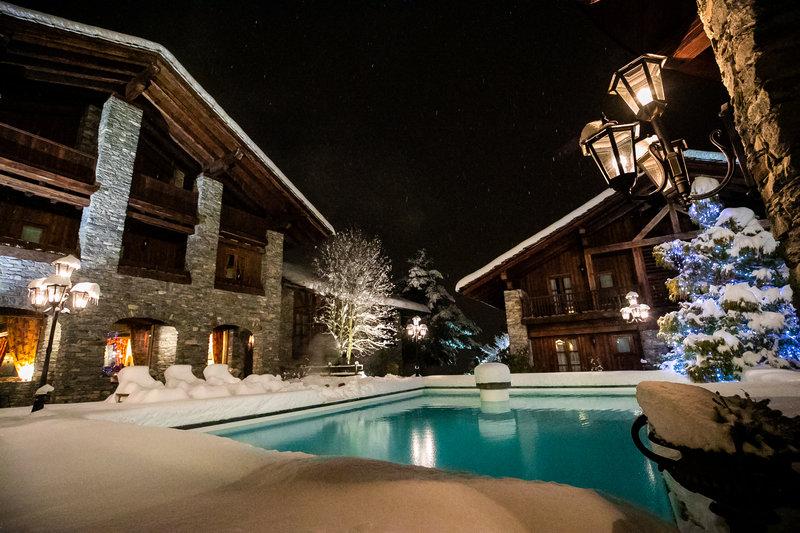 Le Mont Blanc Swimming Pool