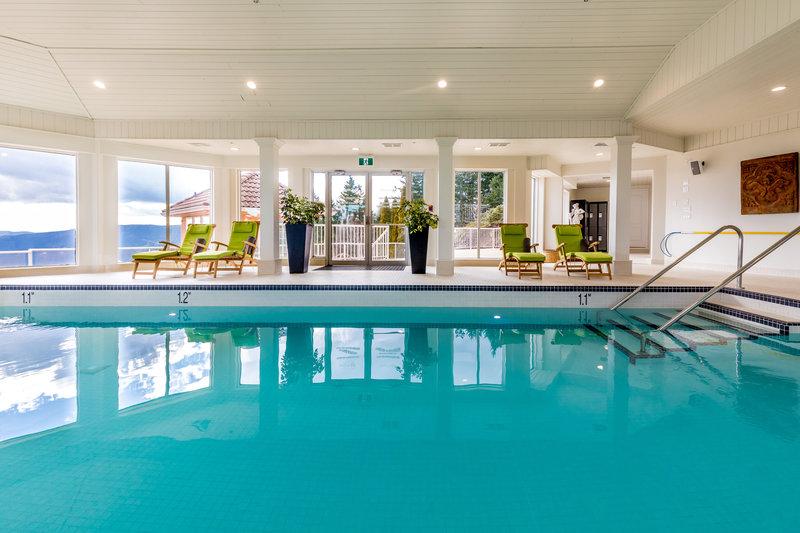 Indoor saltwater mineral pool