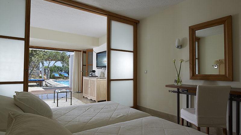 Family Suite Bedroom Private Pool Sea View